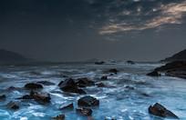 夜晚的大海