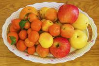一果盘各种水果
