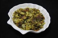 腊肉炒酸酸菜