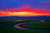 额尔古纳河牧场夕阳