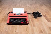 打字机和照相机