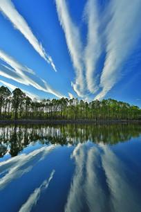 云漫森林之湖
