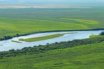 绿色的牧场 蓝色的河流