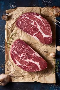 新鲜的雪花牛肉