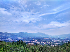 小山村远景高清图
