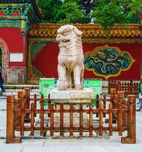清福陵正红门广场公石狮正面