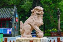 沈阳清福陵正红门公石狮右侧