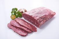 切成片的牛肉