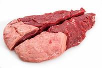 切开的牛肉