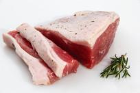 生的肥牛肉