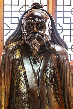 桃花潭景区的历史人物雕像