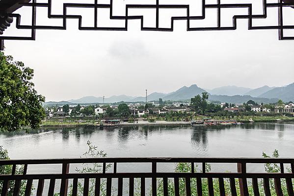 远眺桃花潭西岸古渡口码头