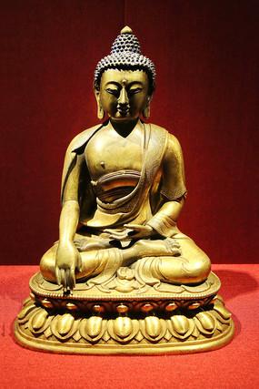 释迦牟尼坐像黄铜鎏金