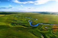 弯曲的草原之河