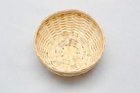 俯视竹编小碗小篮子