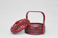 红色带盖食品篮子