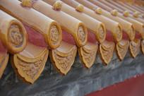 龙纹琉璃瓦滴水墙