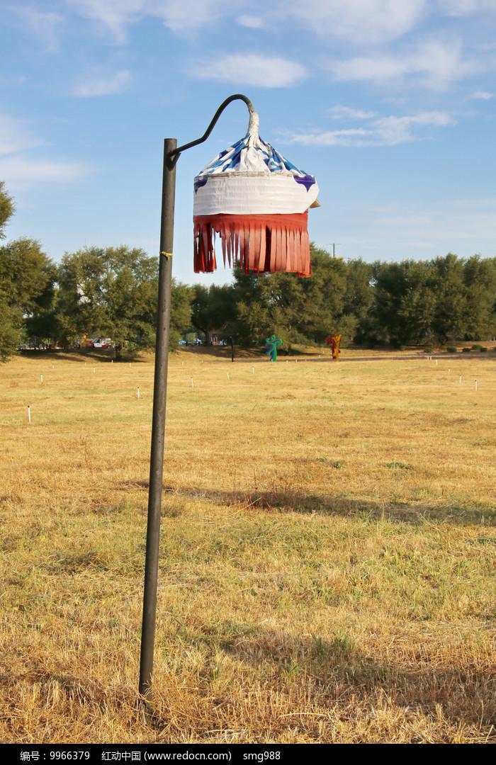 蒙古族室外路灯图片