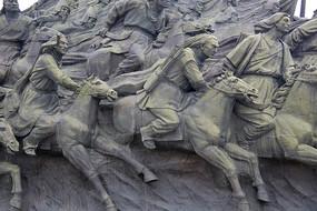 骑马的蒙古将士雕像