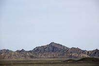 西北大漠山峰山脉
