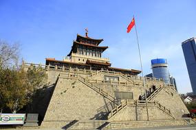 老濟南解放閣
