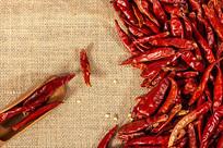 一堆干辣椒