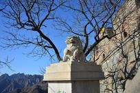 慕田峪长城石狮子