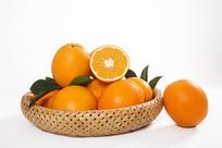 篮子里的脐橙