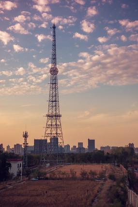 公园里信号塔