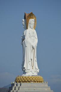 海南三亚南海百米高的观音雕像