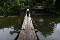 水上木板桥