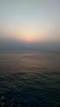 维多利亚湾的日出