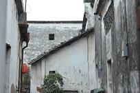白墙黛瓦古建筑