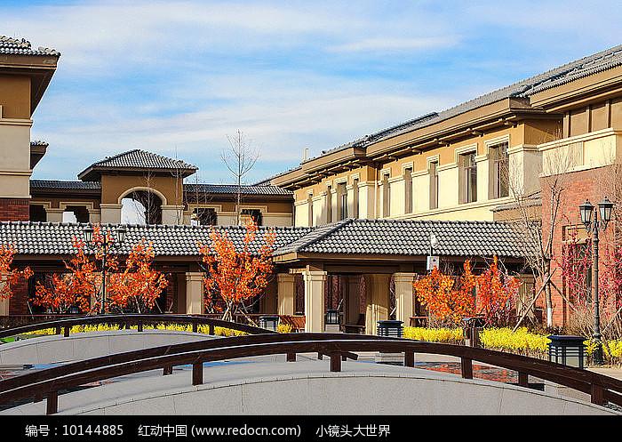 新中式风格建筑群图片