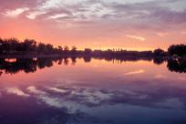 夕阳湖泊背景