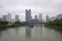 杭州大运河两岸的高楼大厦