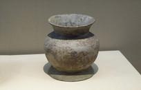 良渚文化陶壶
