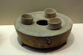 战国原始瓷温酒器