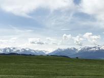 蓝天白云牧场