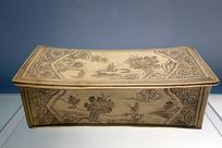 磁州窑白地黑花山水图瓷枕