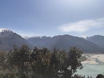 西藏林芝雪山风光