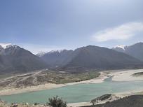 西藏林芝自然风光河流