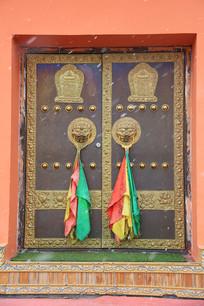 藏式对开大门