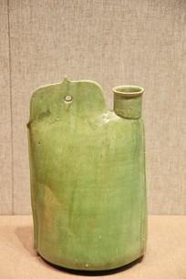 绿釉单孔式鸡冠壶辽代