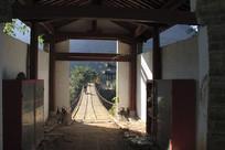 潞江坝双虹桥风光之桥上凉亭