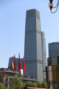 高耸的国贸大厦