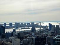 逆光下的东京