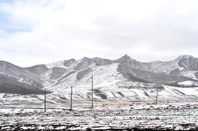 祁连山雪景