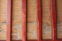红砖墙红立柱背景墙