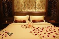 中式装修酒店大床房